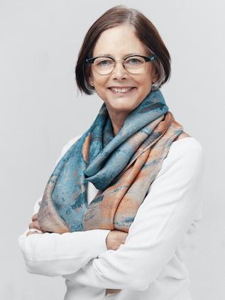 Lisa Graham Peterson